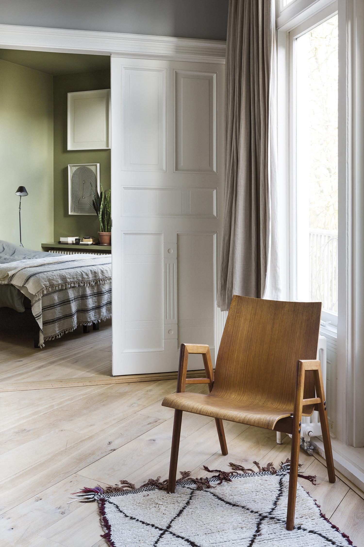 05_bedroom